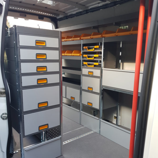 Equipement et aménagement camionnette
